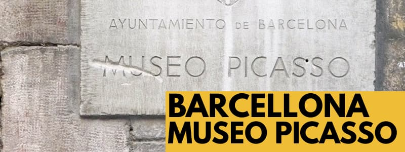 Fotografia della targa in pietra all'esterno del Museu Picasso di Barcellona
